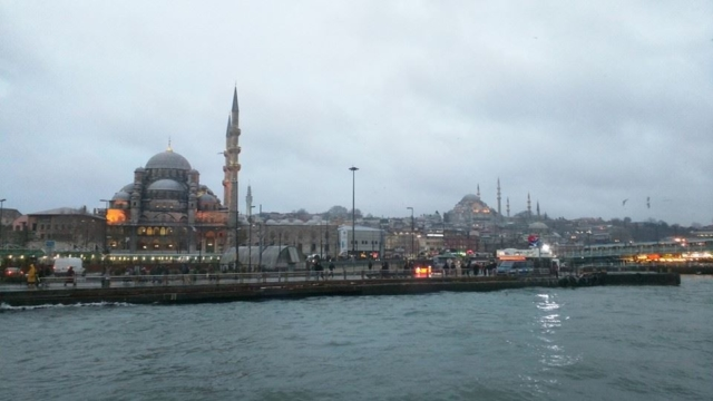 Yeni Camii (New Mosque, left) and Sulemaniye Camii (right) as seen from the Bosphorus ferry.