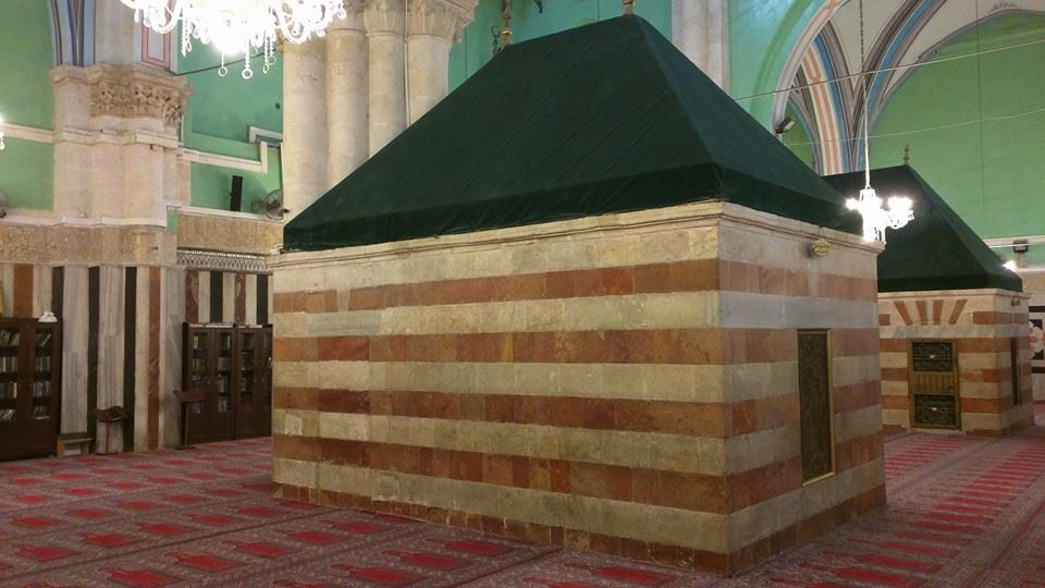 Main prayer hall. Inside the Ibrahimi Masjid.
