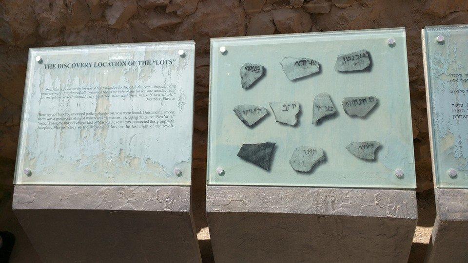 ten stones, Masada